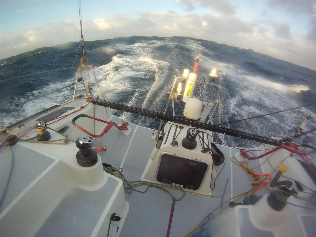 Equipaggiamento di sicurezza aggiuntivo su una barca da regata d'altura