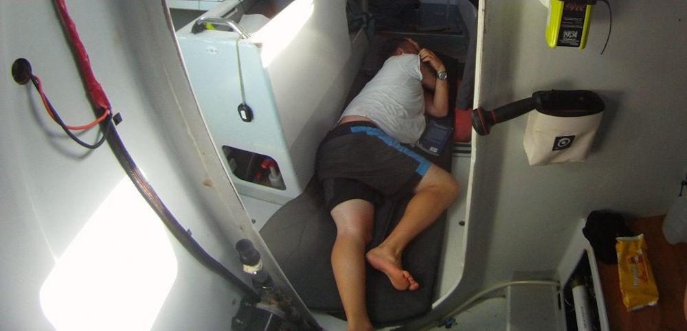 Sonno polifasico - turno di riposo - Global Ocean Race - Sergio Frattaruolo