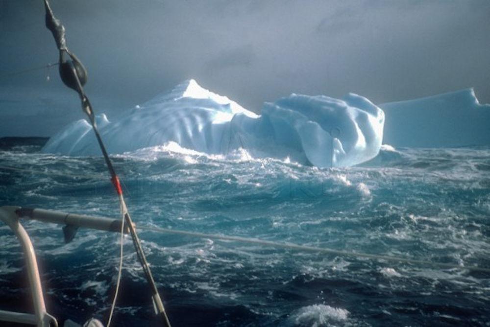 Jean Luc Van Den Heede - Iceberg en su primera Vendée Globe