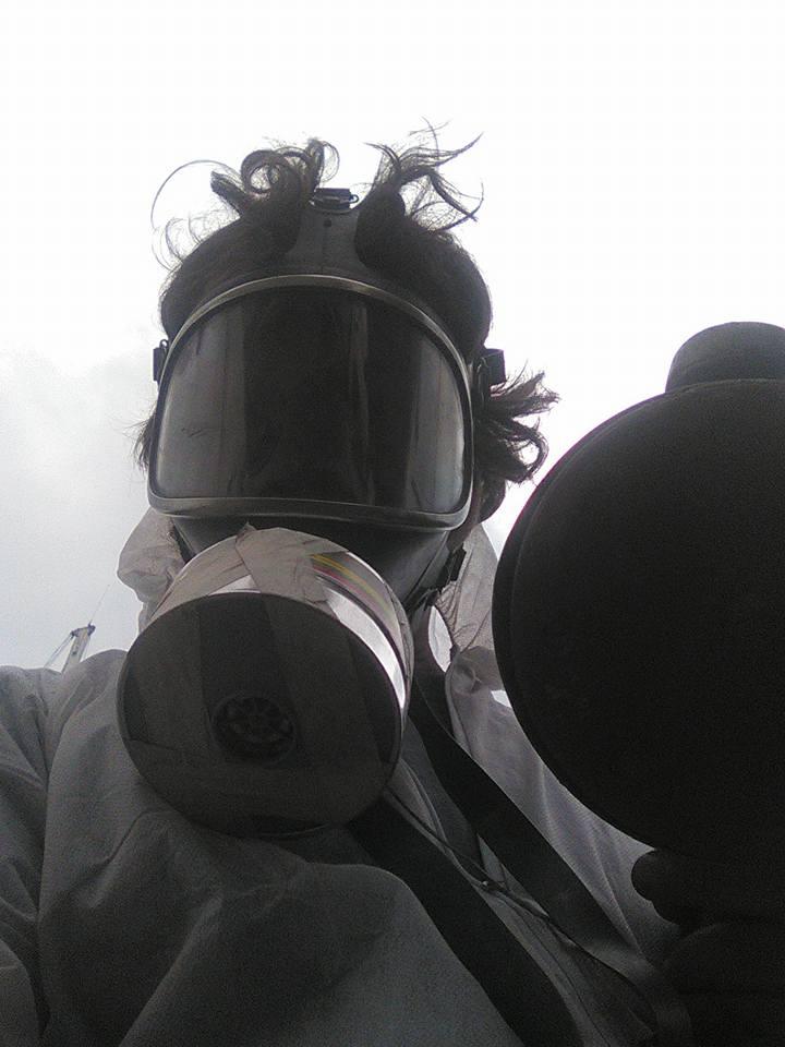 Fare carena alla barca - Usate le protezioni adeguate con maschera totale e filtri