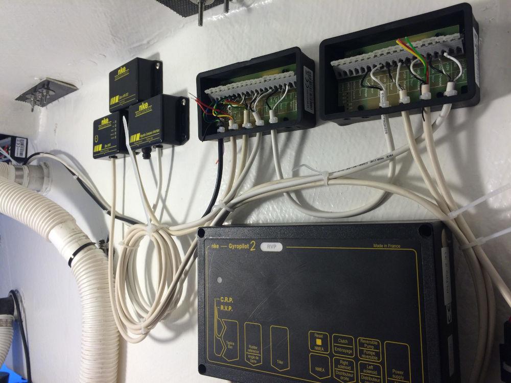 Autopilota NKE Junction Box IP67 e non stagne