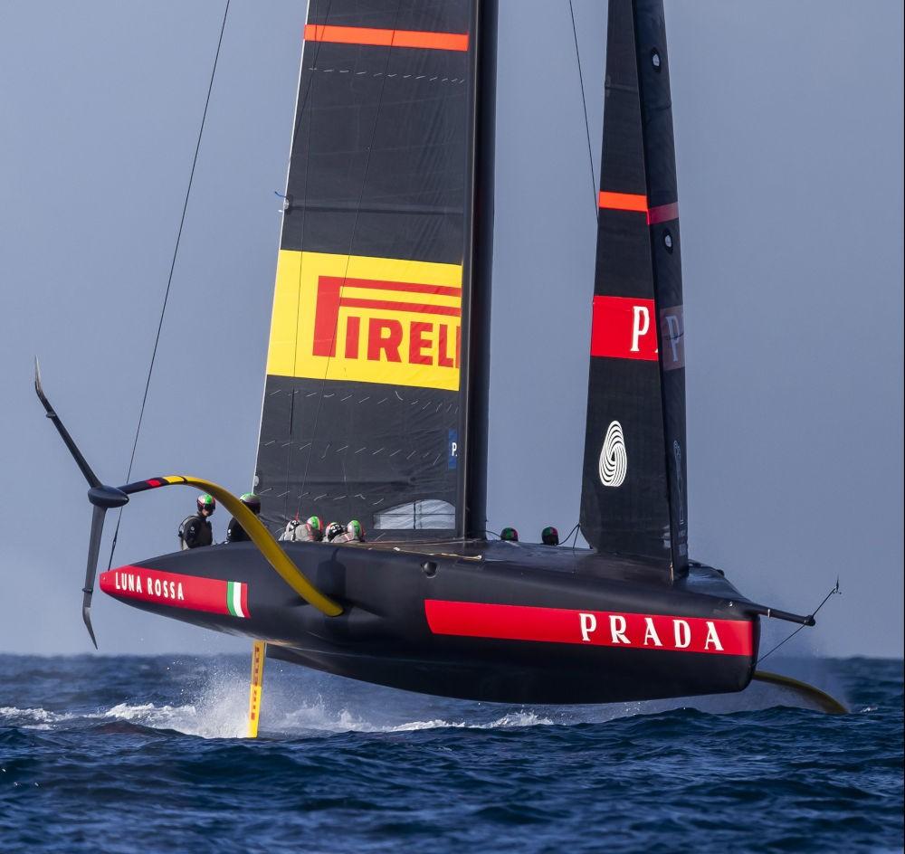 Barche a vela con foil - Luna Rossa Prada Pirelli (2)